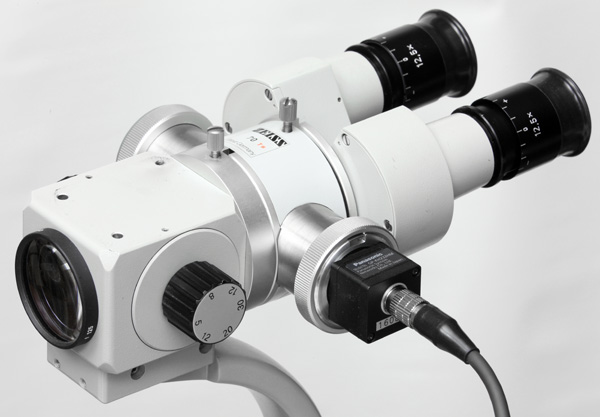 Zeiss OPMI to C-mount adapter with Panasonic GP-KH232 HD camera on Zeiss 125/16 slit lamp